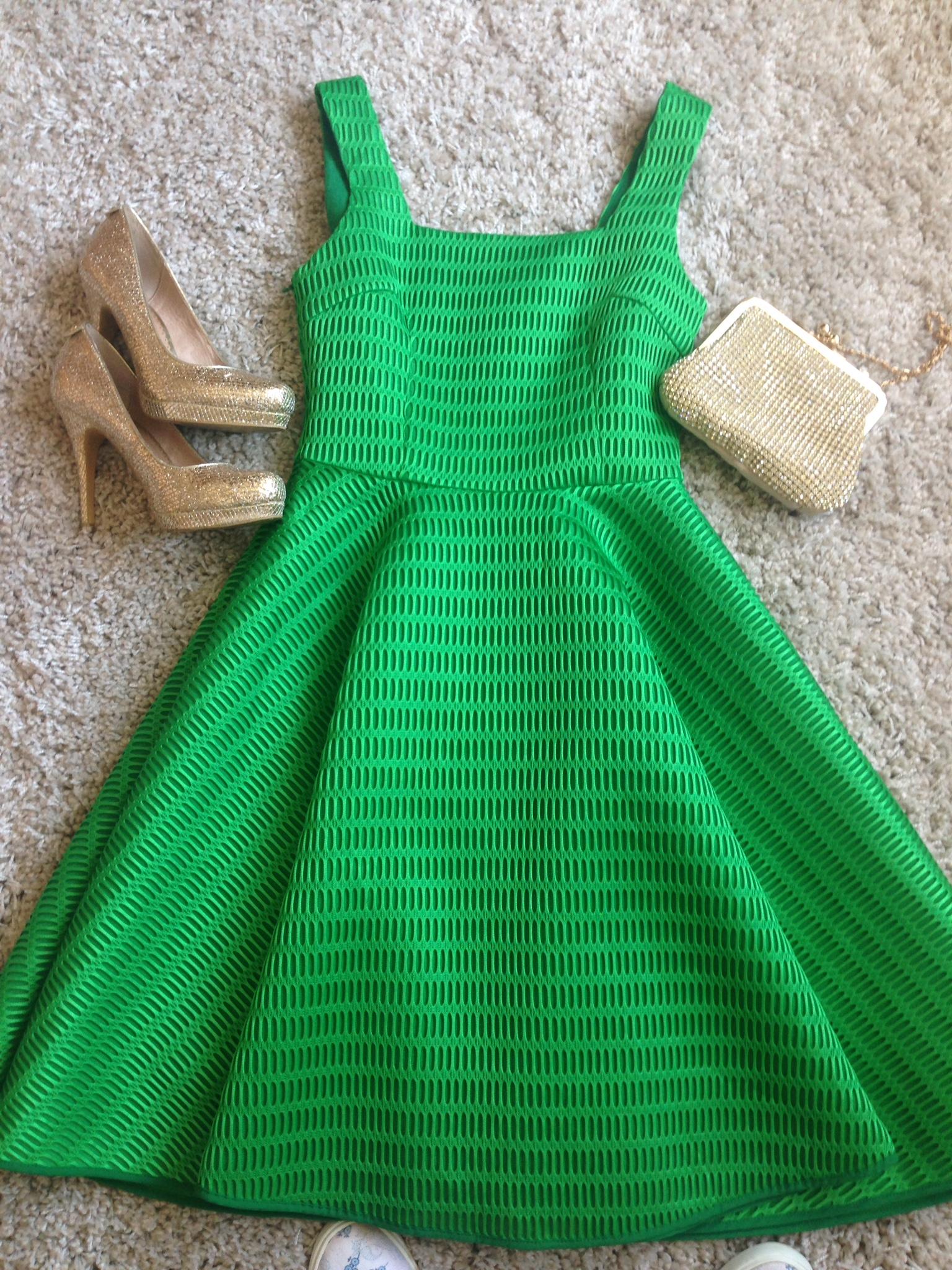 Green dress Leic Mer Bus Awards 2015